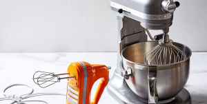 hand mixer and stand mixer